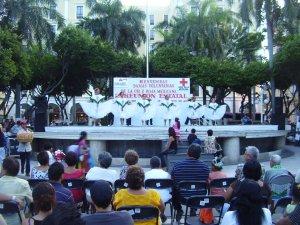 Dancers in Plaza del Constitución