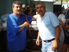 Alejandro, the master, creating his chile colorado